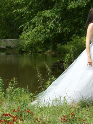 La robe de mariée sur mesure : l'élément clé de votre mariage !