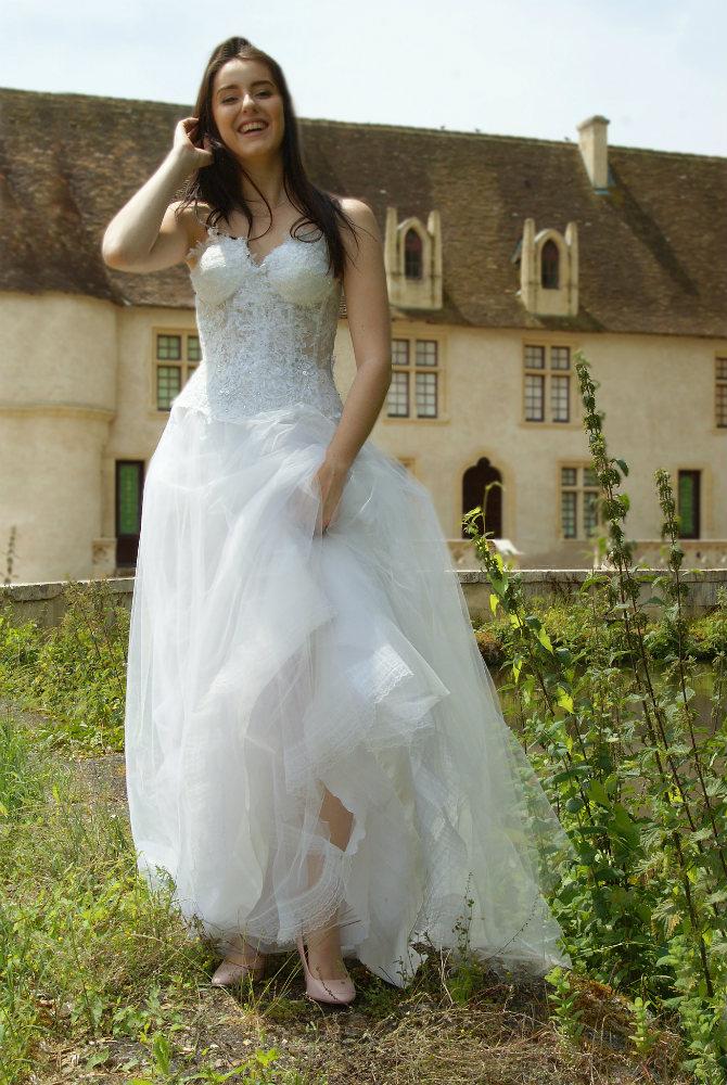 robe de mariée unique, Lolita C, bordeaux, robe de mariée en dentelle